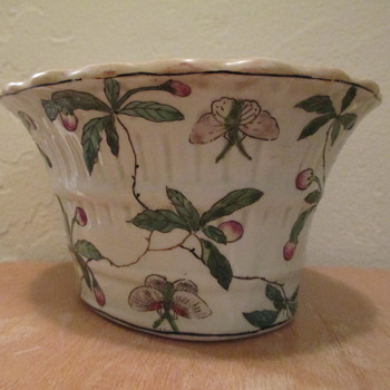 Chinese Porcelain Oval Planter - Asian