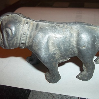 CAST METAL BULLDOG