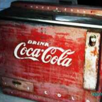 Original 1960s Coca Cola Honor system Ice Box - Coca-Cola