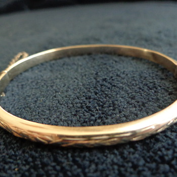 Child's Bangle - Sterling?