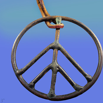 "1960's Haight Ashbury Street Vendor 3"" Peace Symbol Pendant"