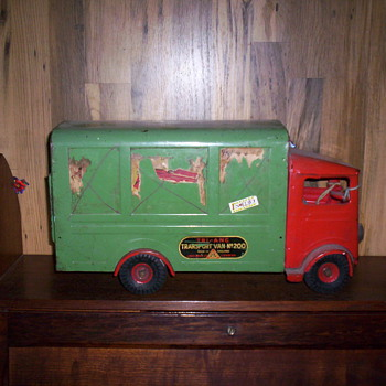 Old Van - Model Cars