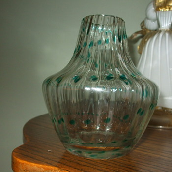 Any Ideas on this Crystal Ribbed Vase with Green Trailings