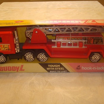 Buddy L Hook-n-Ladder Fire Truck - Model Cars