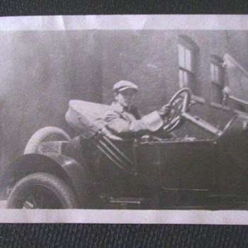 VINTAGE CAR & DRIVER--SPORTY CONVERTIBLE--WONDER ABOUT MAKE & YEAR?? - Photographs