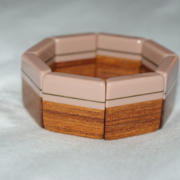 Plastic, Brass, and Wood Laminated Stretch Bracelet