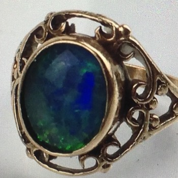 Vintage Gold and Opal Ring - Fine Jewelry
