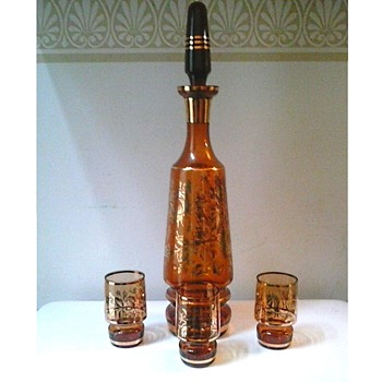Bohemian Amber Glass Decanter And Glasses/ 24K Gilt Rose Design /Circa 1950-60
