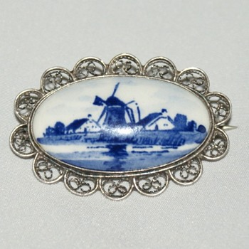 Dutch Delft Sterling Brooch
