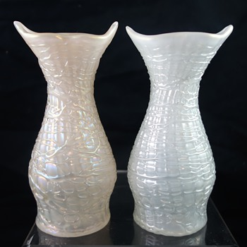Loetz White Chiné cabinet vases, PN Unknown, ca. 1900