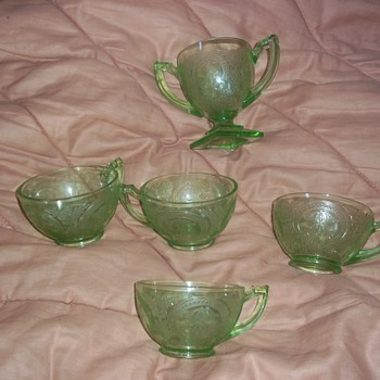 Four Green Cups with Sugar bowl and same design  - Glassware