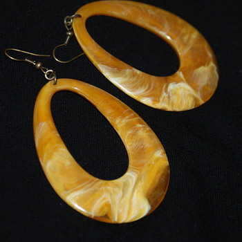 Vintage Plastic Earrings - Costume Jewelry