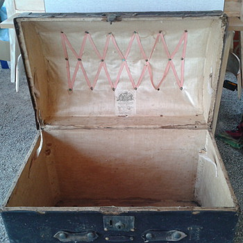 New trunk found  - Furniture