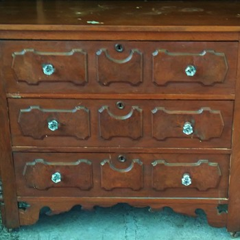 Lovely Antique Dresser, Possible Arts and Crafts