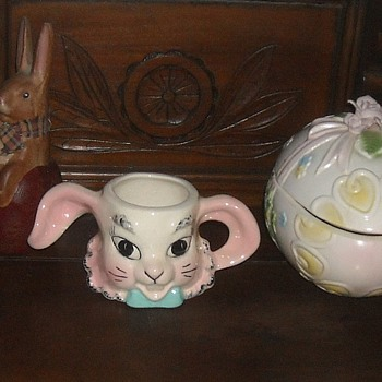 Vintage Easter Bunny Ceramic Mug - Kitchen