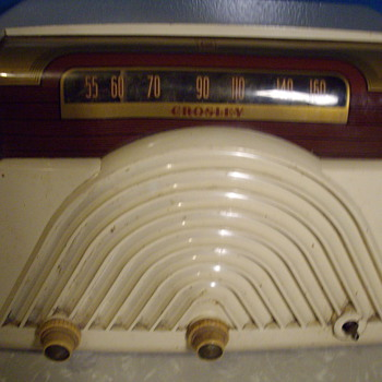 Crosley radio. Age Unkown??? - Radios