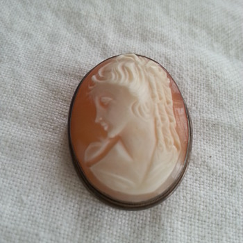 Vintage? Cameo Stamped 800 329 NA