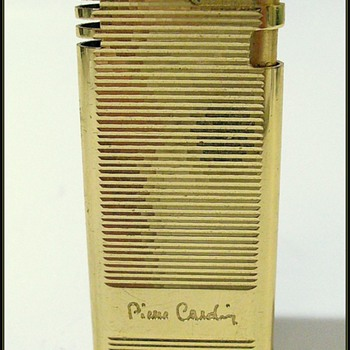 Vintage PIERRE CARDIN -- Lighter - Tobacciana