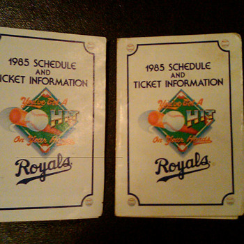1985 Kansas City Royals pocket schedule - Baseball