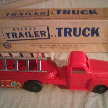 Marx Truck With Box !!!!!!! - Toys