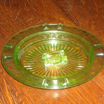 Hazel-Atlas Green Depression Glass Ashtray.