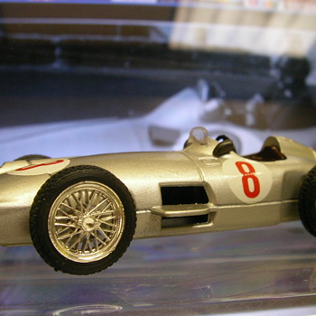 1955 Mercedes Benz W196 'Silver Arrow' F1 Car - Model Cars