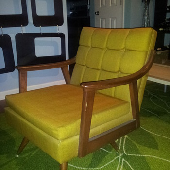 Paoli chair Circa 1970s? - Furniture