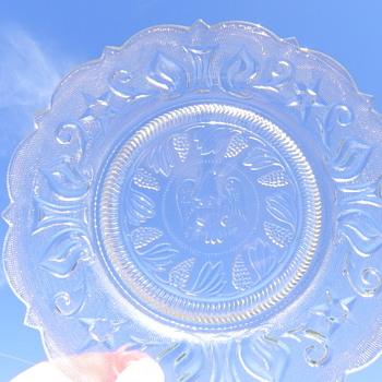 unknown glass plate - Glassware