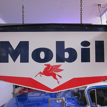 Mobil Oil Pegasus Porcelain Sign With Original Porcelain Bracket - Signs