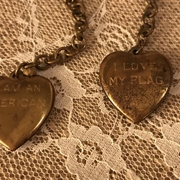Heart lockets with Patriotic inscription