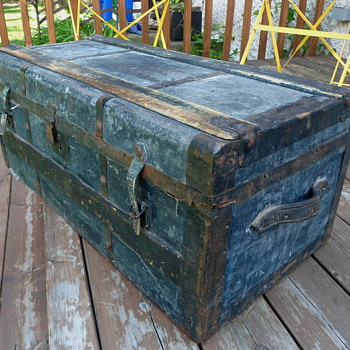 "Late 1800's ""Blue Boy"" trunk - Furniture"