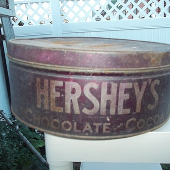 LARGE HERSEY'S CHOCOLATE COCOA TIN