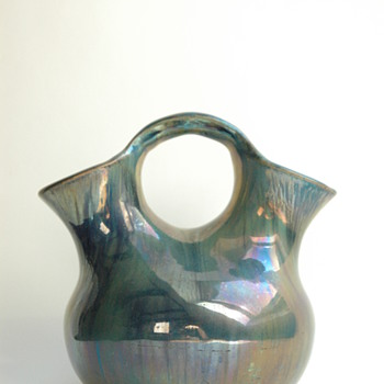 "nice vase with metallic - eosin glaze by RAMBERVILLERS, model ""PERUVIEN"""