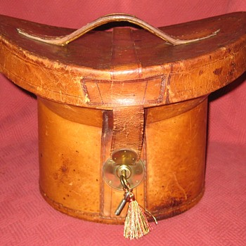 Late 1800's Top Hat Case