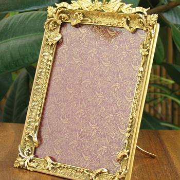 19th century French Bronze Ormolu picture Frame - Visual Art