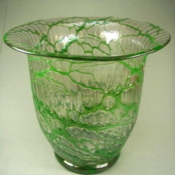 Loetz Ausf. Vase - Art Glass