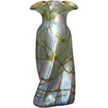 Nouveau Loetz Creta Pampas Propeller Shape Vase 1900's