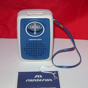 Soundesign Transistor Radio - Radios