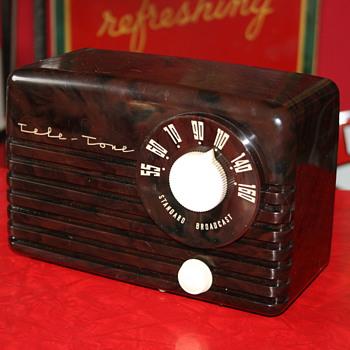 tele-tone bakelite radio