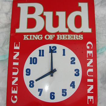 Rare Vintage Budweiser clock with German AA movement, cannot find one like it, any clues? tjs7antiques@gmail.com
