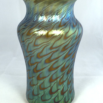 "Loetz Bronce ""Phänomen Genre 7734"" Vase. PN I-7585. 5.5"" Tall. Circa 1898."