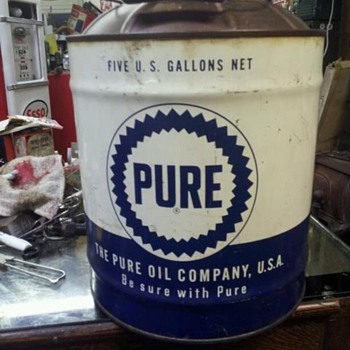 5 gallon pure can - Petroliana