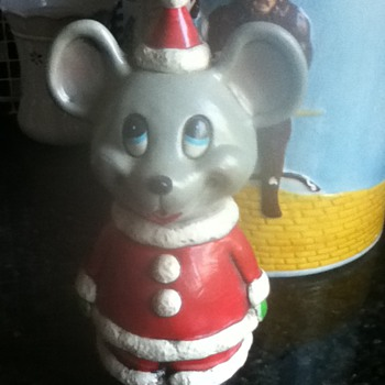 Santa Mouse Bank - Coin Operated