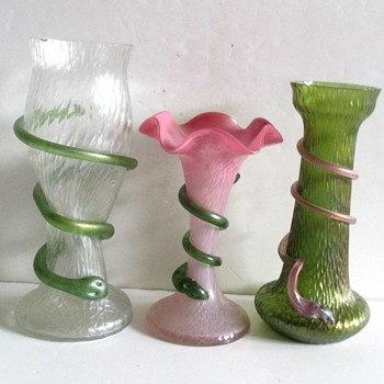 RINDSKOPF SERPENT VASES. - Art Glass