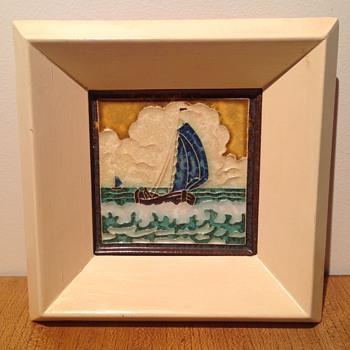 """NED. PLATBODEM : GELE LUCHT"" - L.E.F. BODART. - Art Pottery"