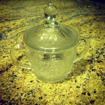 Two handled sugar bowl - Glassware