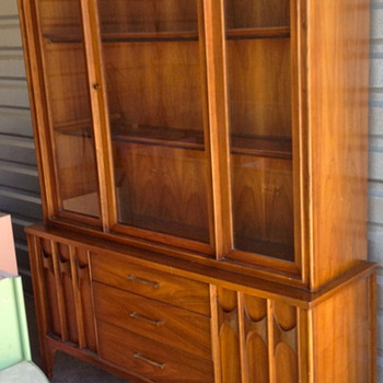 Kent-Coffey &quot;Perspecta&quot; China Cabinet
