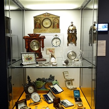 Royal Memorabilia Clocks and Watches