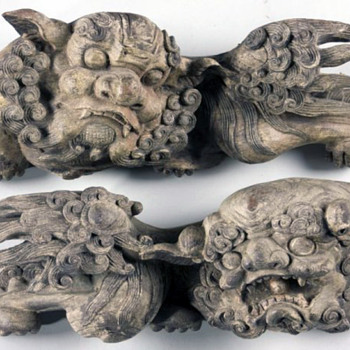 Japanese Edo Period Temple Shishi Pair