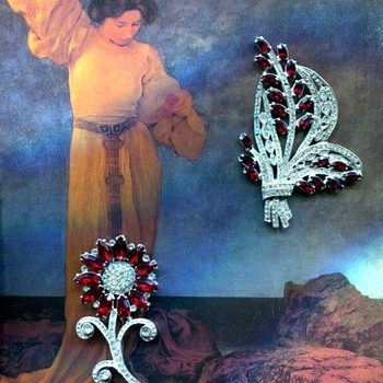 Big brooches from the glamour era - Costume Jewelry